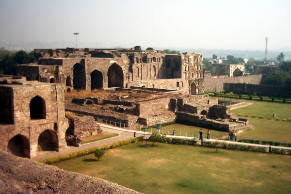 golconda fort essay in telugu